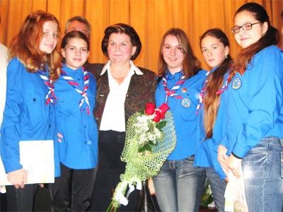 Валентина Терешкова и юные миротворцы Переславля
